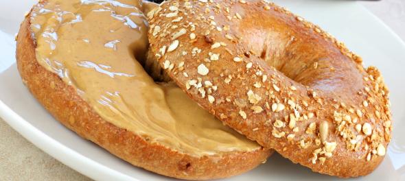peanut-butter-bagel-590x264