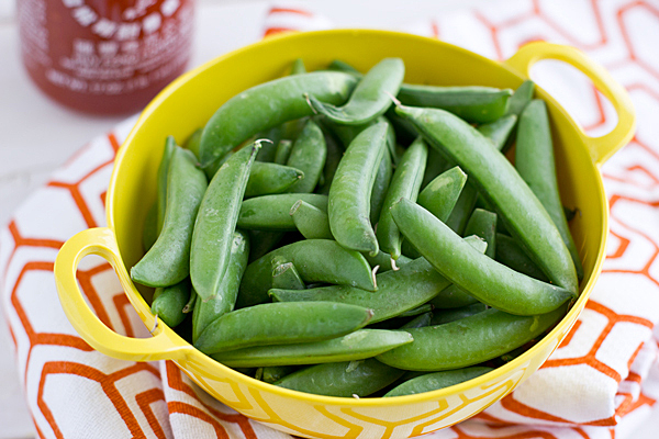 sugar_snap_peas_in_colander